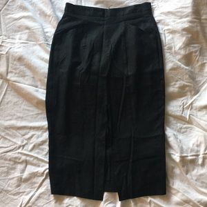 Sexy black pencil skirt with front slit